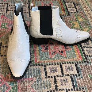 Shoes - NWOT off-white leather western bootie
